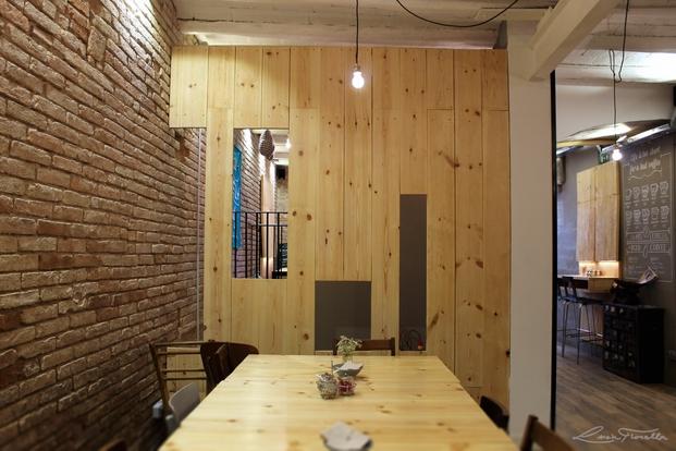 10 somewhere cafe