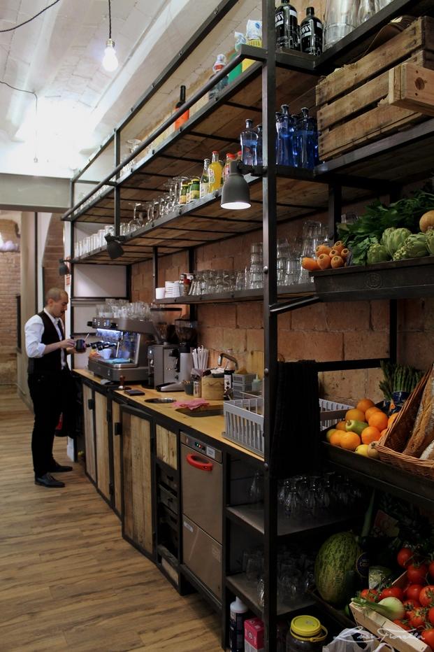 13 somewhere cafe