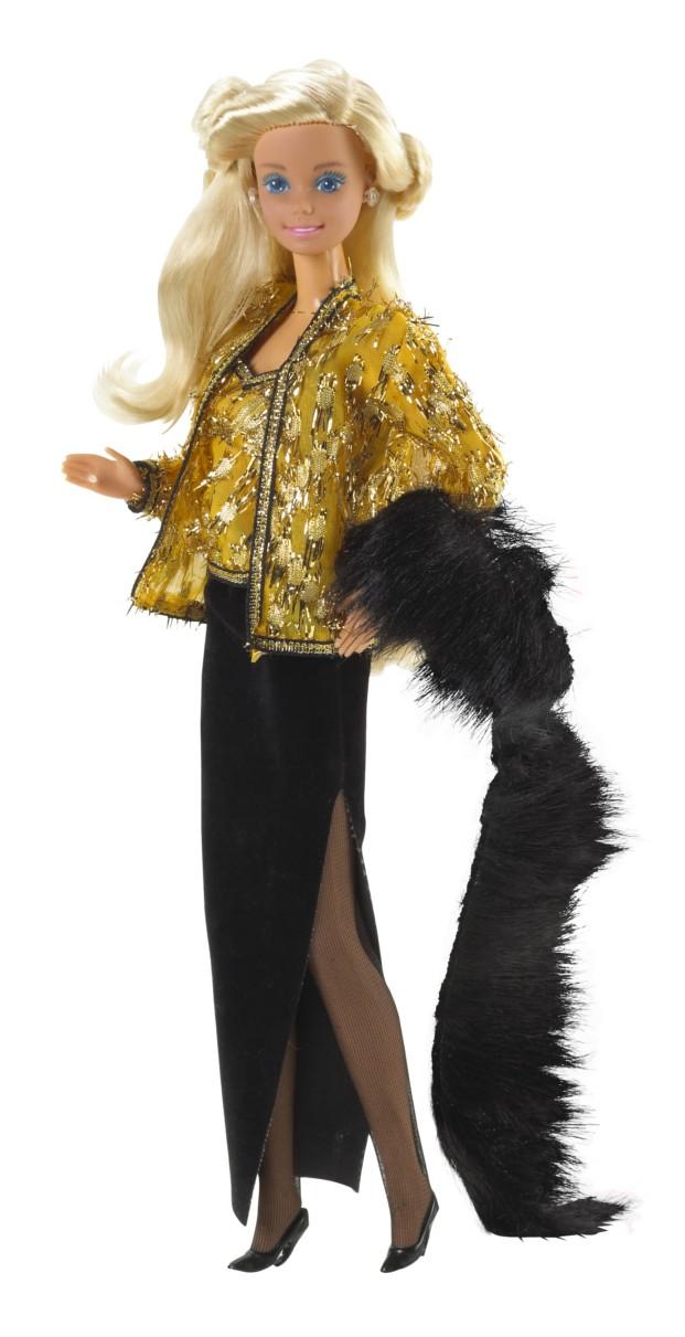 Vestida por Oscar de la Renta en 1985