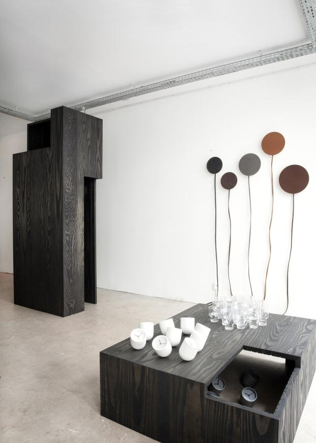 Norm Architects exploran la relación entre cuerpo, espacio y objetos en Nordkraft diariodesign