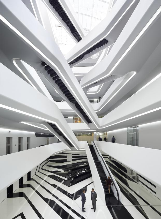 zaha hadid dominion office space en moscú escaleras diariodesign