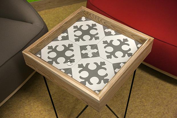 Detalle mesa - azulejo
