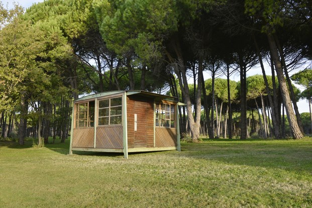 4x4 Military Shelter by Jean Prouvé 1939 at Galerie Patrick Seguin (2)