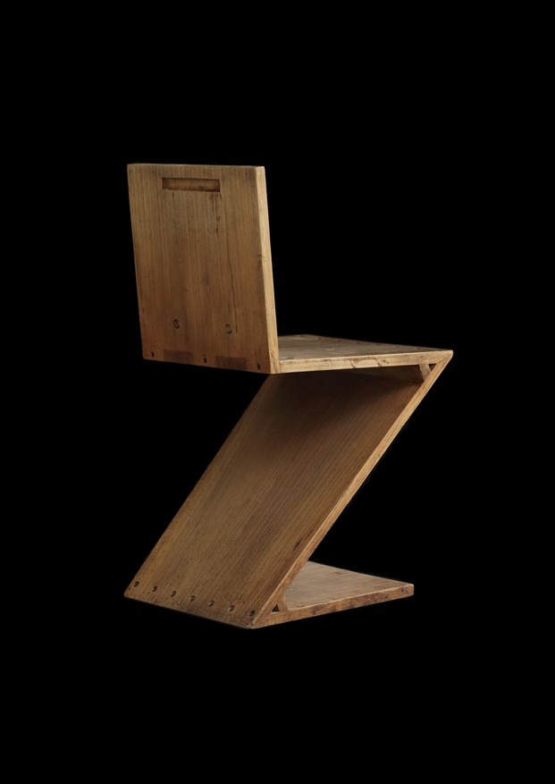 6 Zig-Zag chair by Gerrit Th. Rietveld at Galerie VIVID