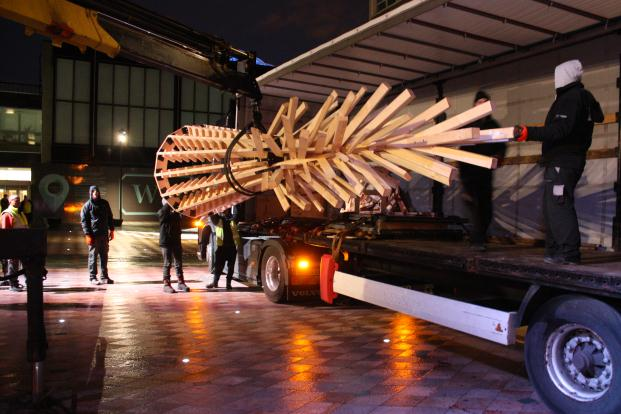 hello wood gran arbol de navidad de maderacen manchester diariodesign