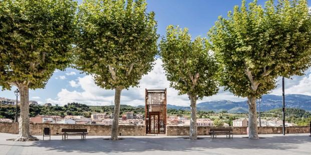 Ascensor en Gironella de Carles Enrich 09
