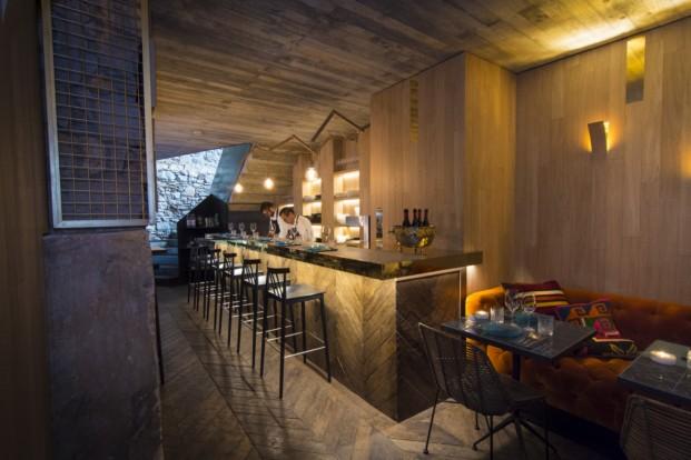Restaurante kokka peruano en barcelona for Cocina 13 metros cuadrados