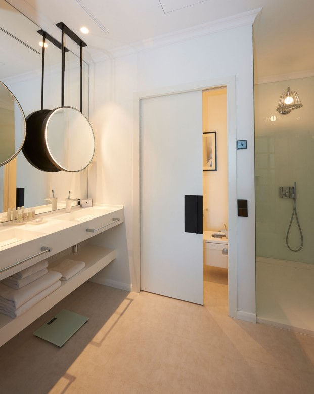 THE SERRAS-baño-3