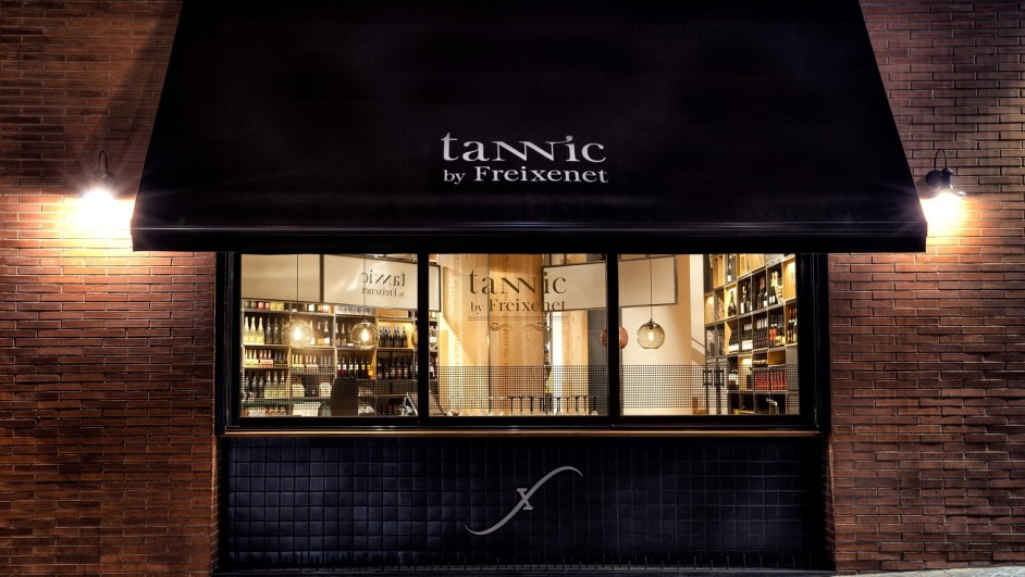 Tannic by Freixenet de Indastudio 01