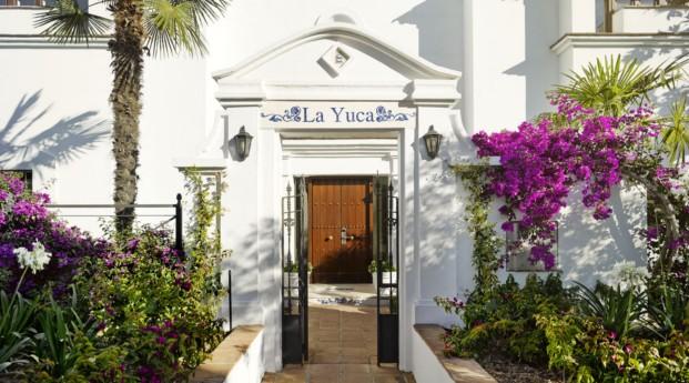 El cortijo estilo r stico y contempor neo for Villas yucas