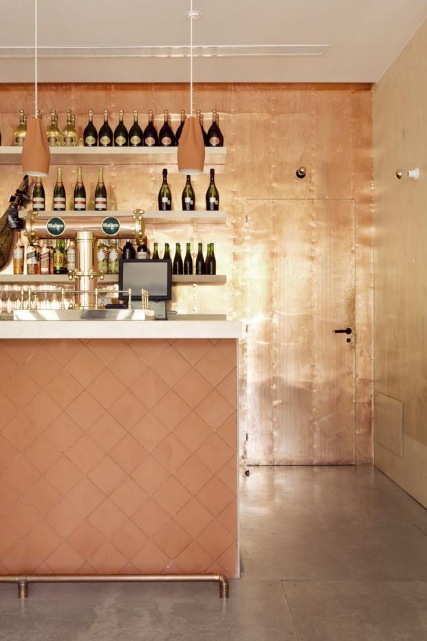 bocadillo-de-jamon-con-champan-madrid-lucas-hernandez-gil-jara-valera (9)