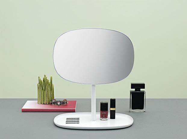 372010_Flip_Mirror_White_5_On_Green