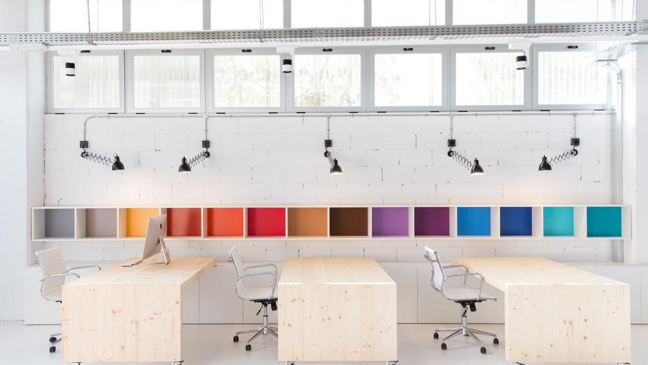 Dise o de las oficinas de phformula for Diseno oficinas industriales
