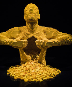 1 lego the art of the brick