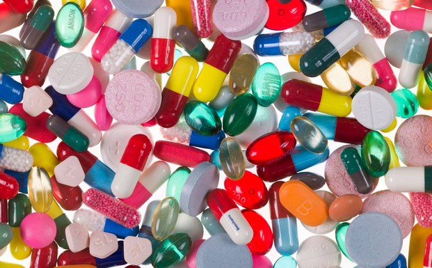 8 damien hirst pharmacy 2