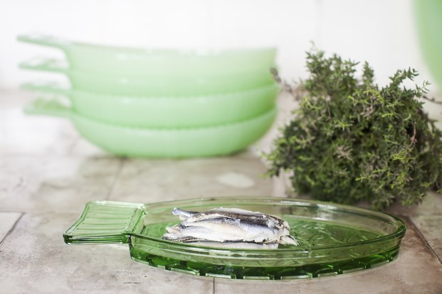 menaje fish fish serax paola navone