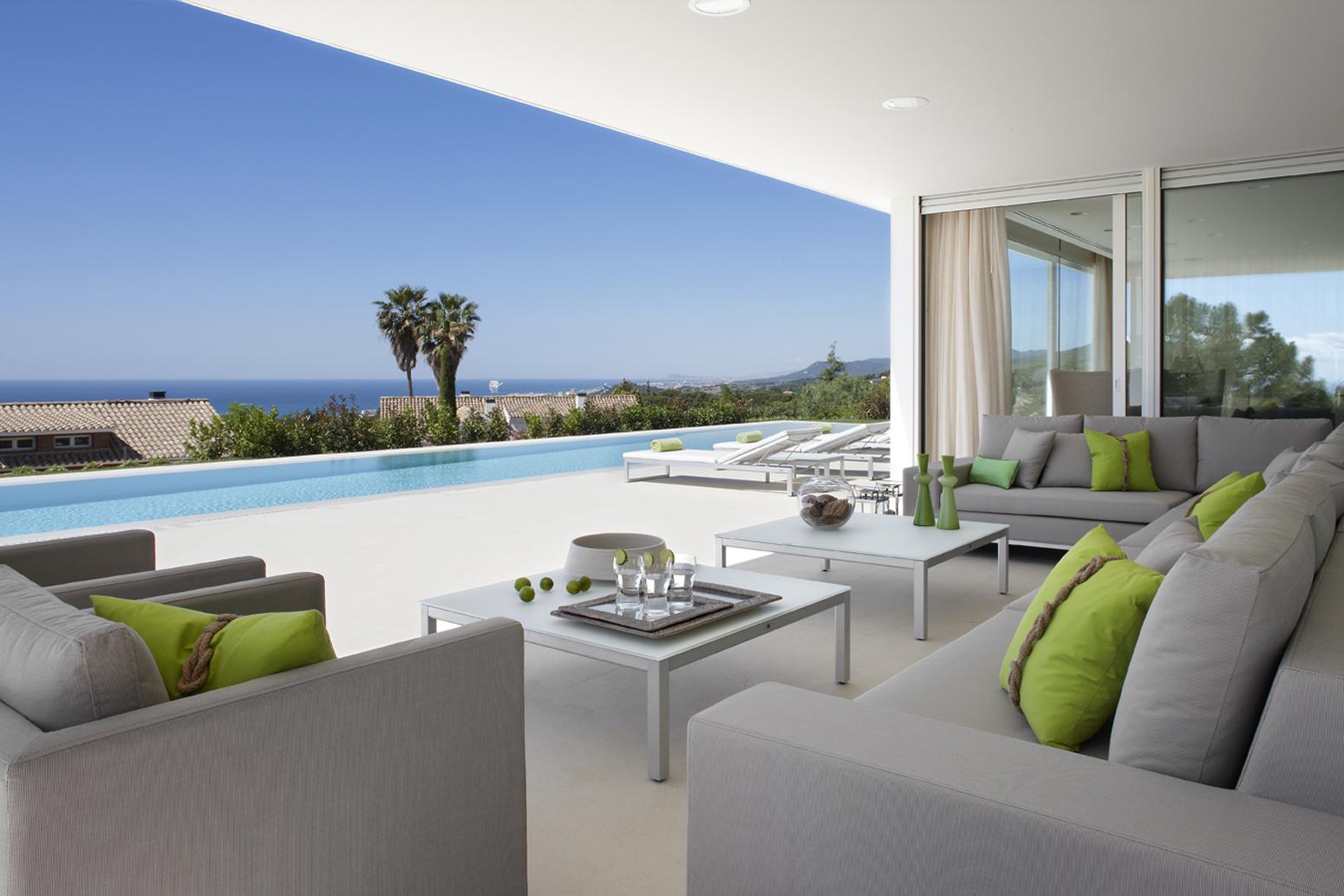 Una casa en el maresme con vistas al mar - Casas en el mar ...