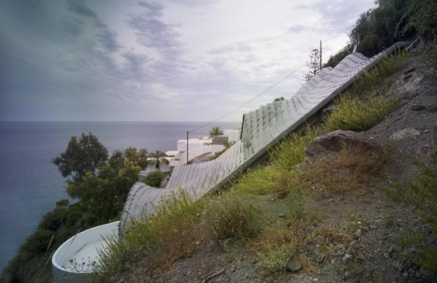 GilBartolome-casa-en-el-acantilado-jesus-granada (5)