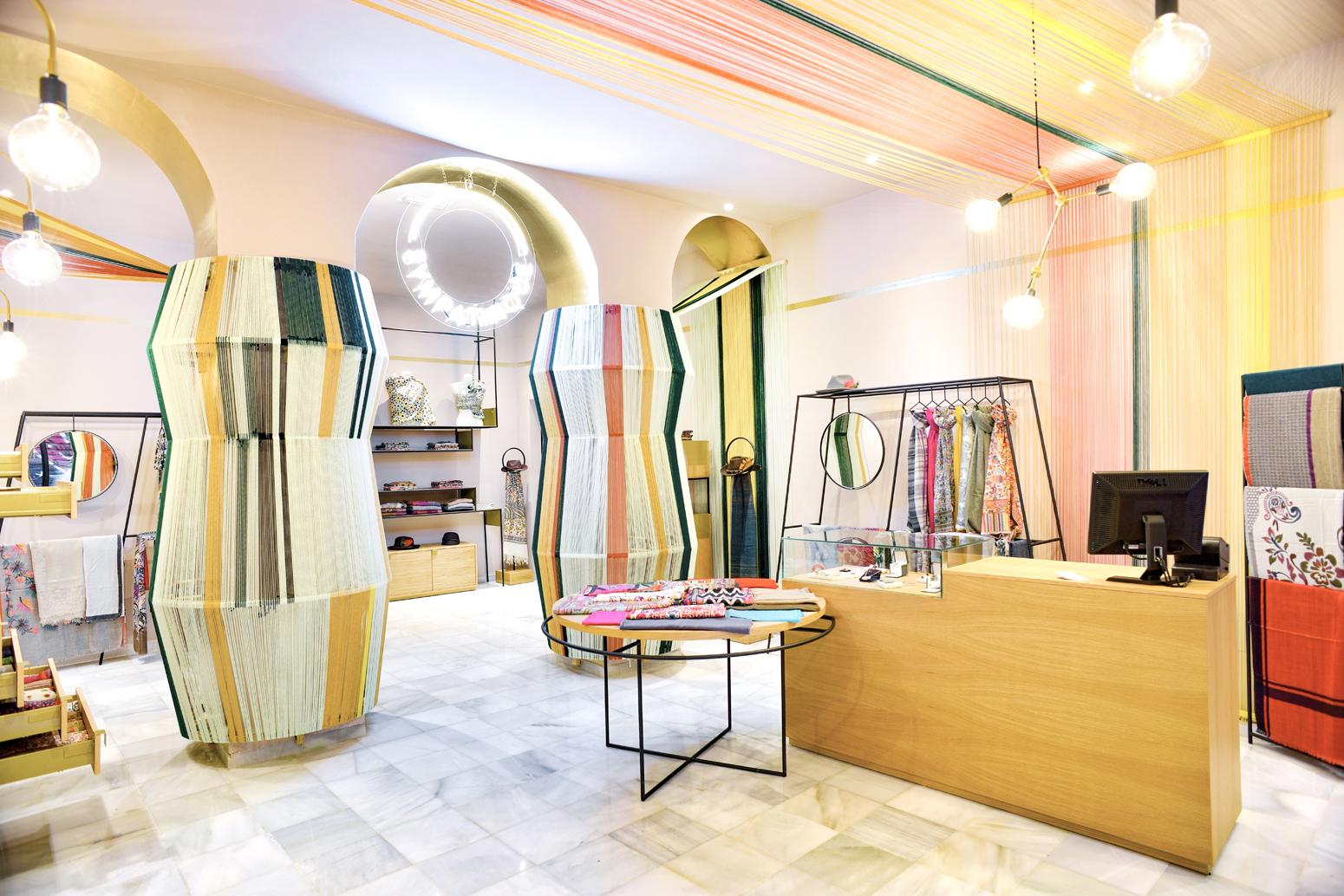 Sympathique una tienda sevillana con mucho buen rollito for Interiorismo 2016