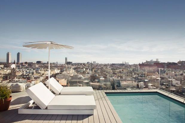 Yurbban Hotel barcelona piscina diariodesign