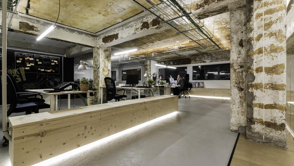 Unas oficinas geek en pontevedra - Arquitectos en pontevedra ...