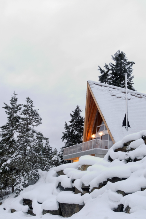 scott-and-scott-architects-whistler-cabin-canada (18)