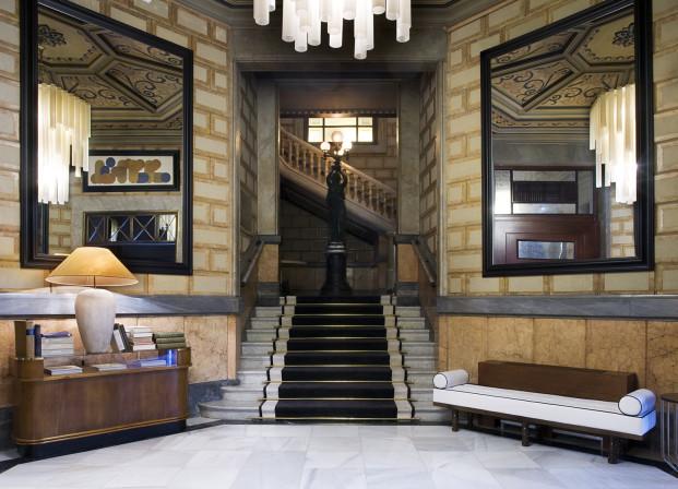 escalera Cotton hotel house diariodesign