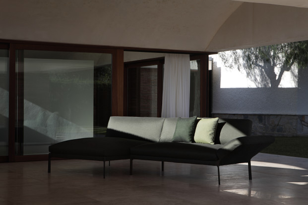 Livit sofa by Lievore Altherr Molina 02