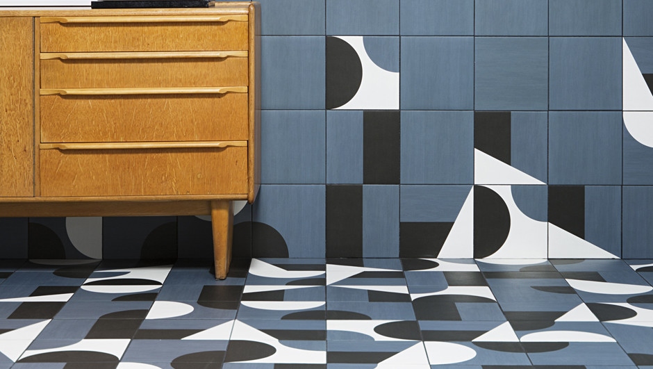 Puzzle by Barber & Osgerby (1) apertura