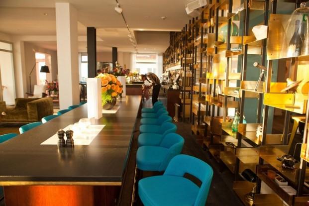 Vespet Hotel lobby (2)