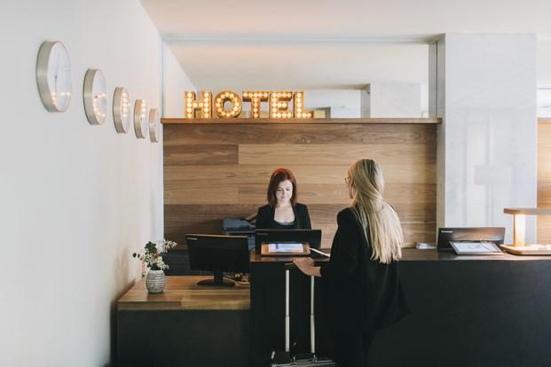 recepcion dear hotel en madrid