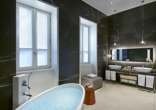 MOMLN Milano Suite Bathroom 2