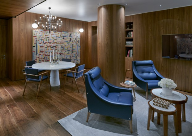 MOMLN Premier Suite Living 2