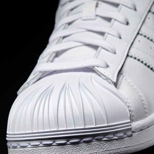 Zaha Hadid para Adidas 4