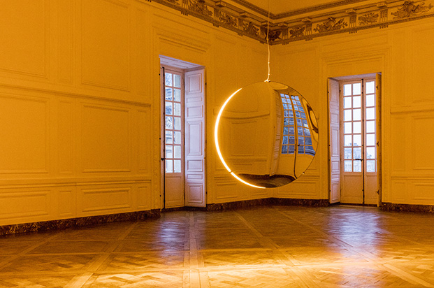 imagen interior instalacion olafur eliasson en palacio versalles
