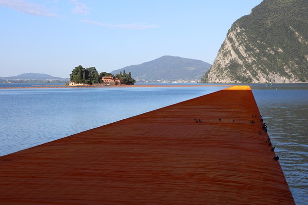 13 The Floating Piers christo