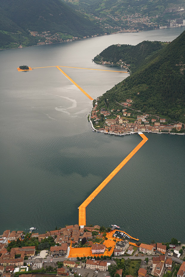 15 The Floating Piers christo