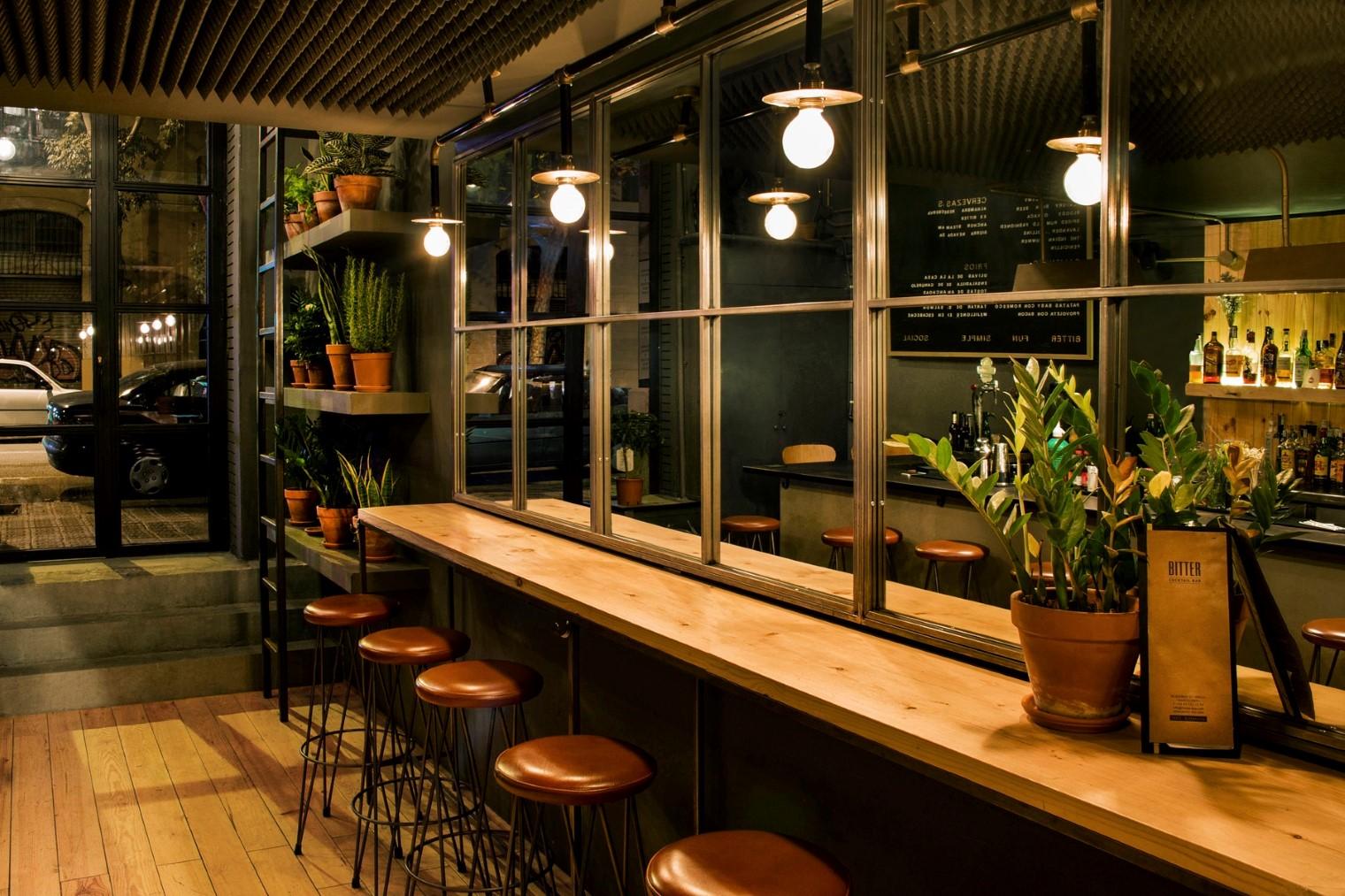 Una cocteleria muy hipster en barcelona bitter - Disenos para bares ...