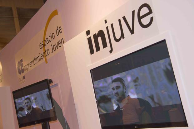 Proyección de programas del INJUVE en Aula
