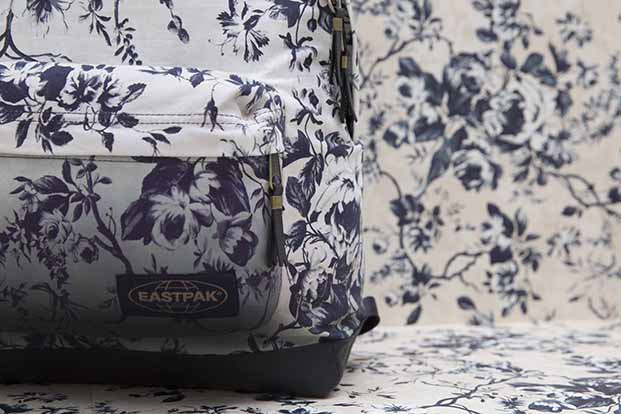 eastpak-Dalston Rose_Cream Blue Ombre_2