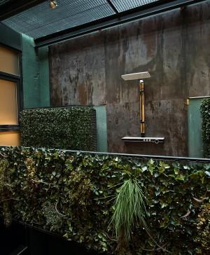 opta-arquitectos-casa-decor-16-ducha-pared-dekton-trilium (1520 px)