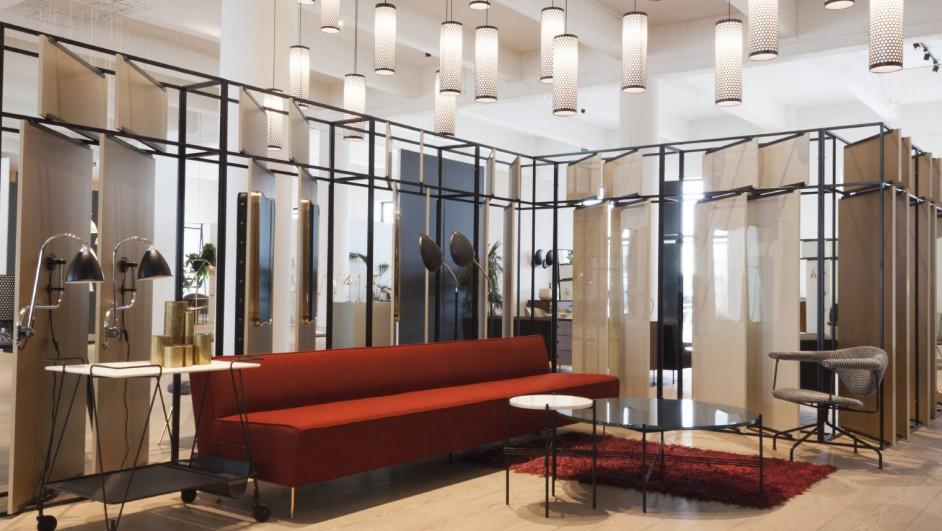 resized_Modern Line Sofa_Matégot Trolley_TS Table_Masculo Lounge Chair_Cobra Floor Lamp portada