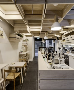 1-Hunters' Roots Café and Juice Bar-Kitayama K Architects