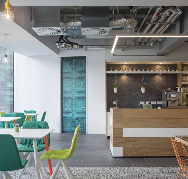 oficina HostelWorld Dublin Viccarbe