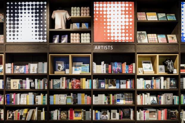 tate-modern-new-store-uxus (11)