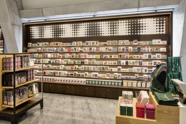 tate-modern-new-store-uxus (5)