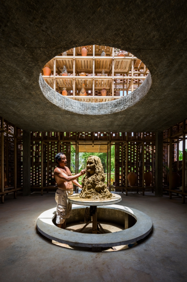 terra-cotta-studio-tropical-space-le-duc-ha-vietnam (8)