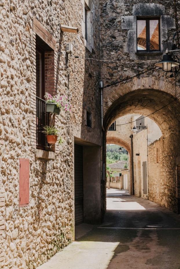 mesura-architecture-sant-mori-ampliacion-girona-housing-project-spain-arquitectura-10
