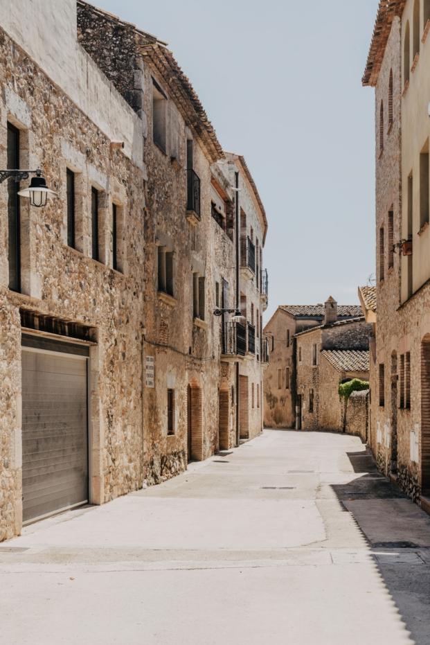 mesura-architecture-sant-mori-ampliacion-girona-housing-project-spain-arquitectura-9