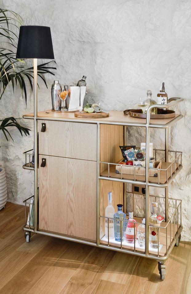 mueble bar del hotel puro en mallorca diariodesign